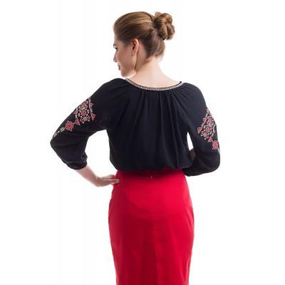 Блузка вышиванка женская Иванна (штапель черный)
