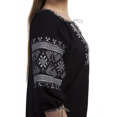 Блузка вышиванка женская Белослава (штапель черный)